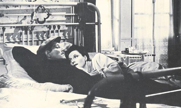 """In Schuld gefangen: Jean Gabin und Arletty in """"Le jour se lève"""" (1939)."""