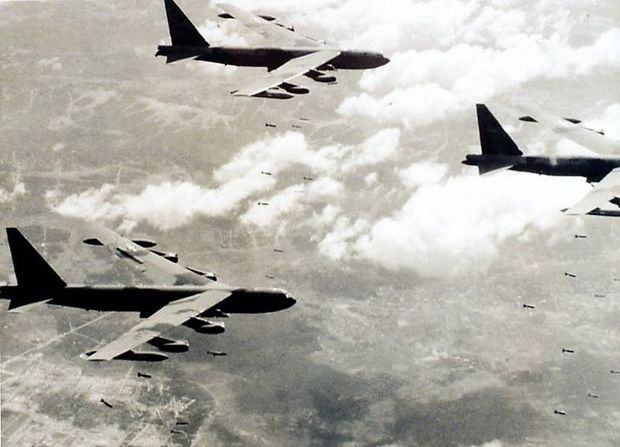 B-52 über Vietnam, 1965