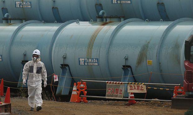 Am Gelände des Atomkraftwerks Fukushima