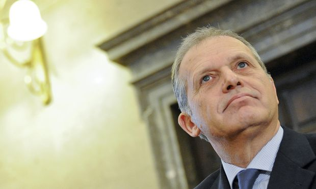 Fall Strasser Amtsgeschaeft pflichtwidrig