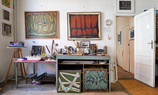 Im Atelier Erich Katzmanns (1920 bis 2017), Leopoldstadt.