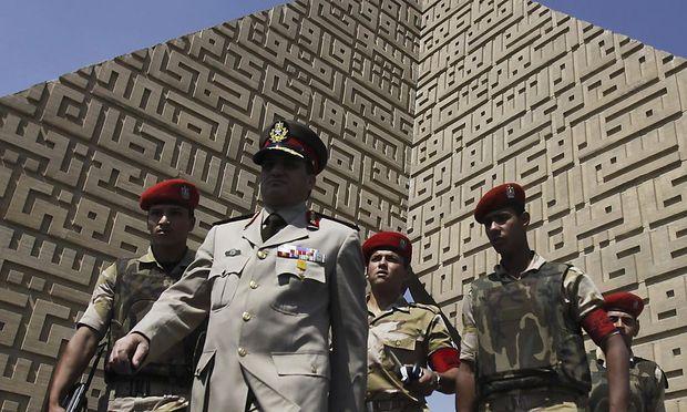Militärs und Polizisten sind Angriffen islamischer Extremisten in Ägypten ausgesetzt.