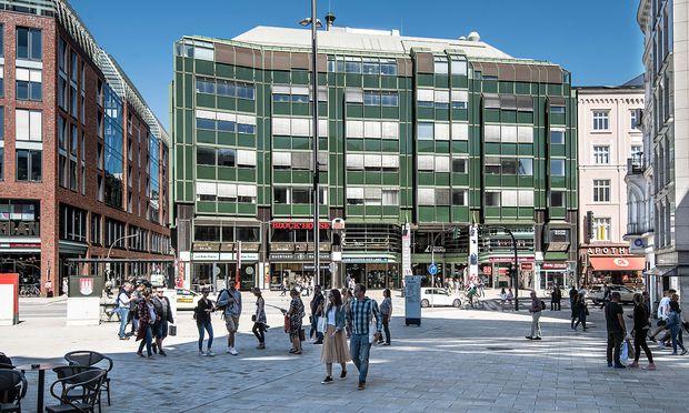 Signa Real Estate plant eine Sanierung und ENtwicklung der Gänsemarktpassage in Hamburg.