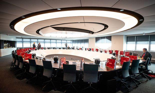 Der Sitzungssaal des Stifungsrats - hier sollen künftig nicht die Interessensvertreter politischer Parteien sitzen, fordern die ORF-Redakteure.