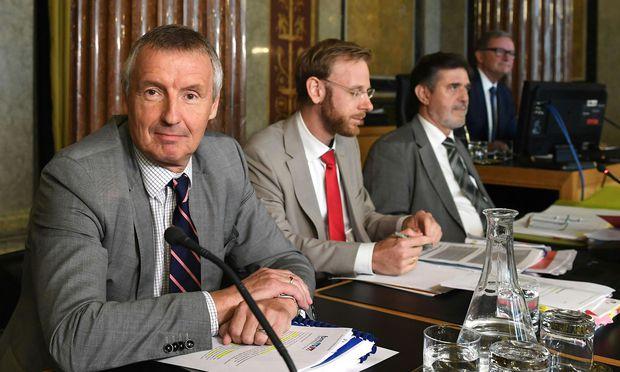 Der frühere Wirtschaftsminister Martin Bartenstein gilt als Verfechter der Eurofighter-Gegengeschäfte.