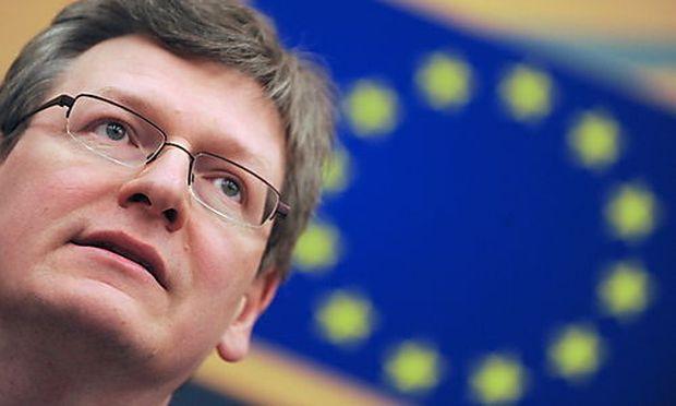 FRANCE EU HUNGARY PRESSURE