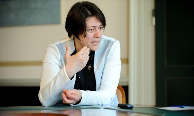 EU-Verkehrskommissarin Violeta Bulc.
