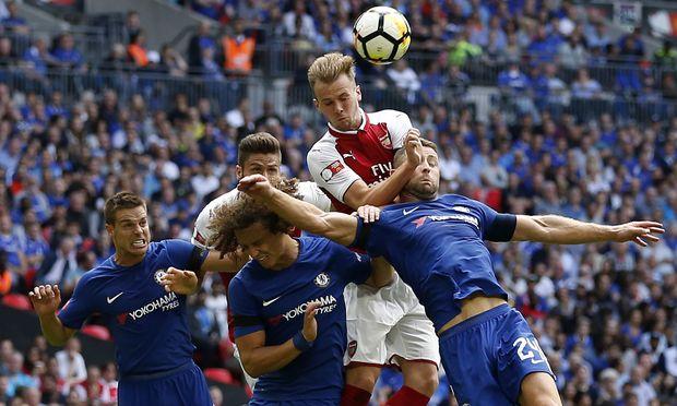 Arsenal gewinnt irren Auftakt gegen Leicester mit 4:3