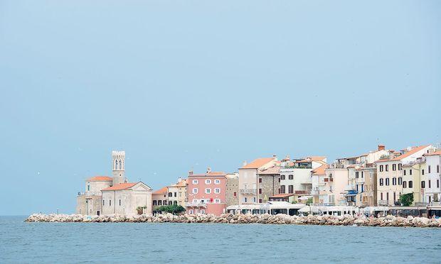 Piran ist der Zugang Sloweniens zur Adria. Mit Kroatien wird über einen Zugang zu internationalen Gewässern gestritten.