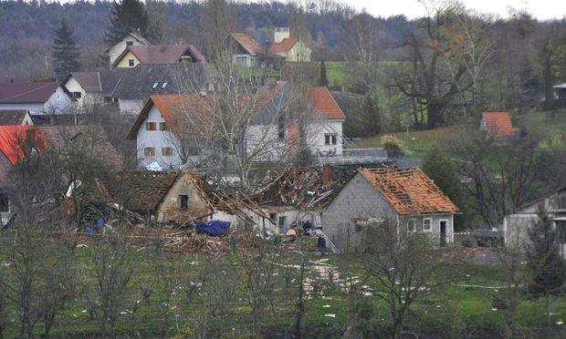 Kapfenstein in der Steiermark: Bei der Produktion von Böllern wurde ein ganzes Haus zerstört, zwei Menschen starben.