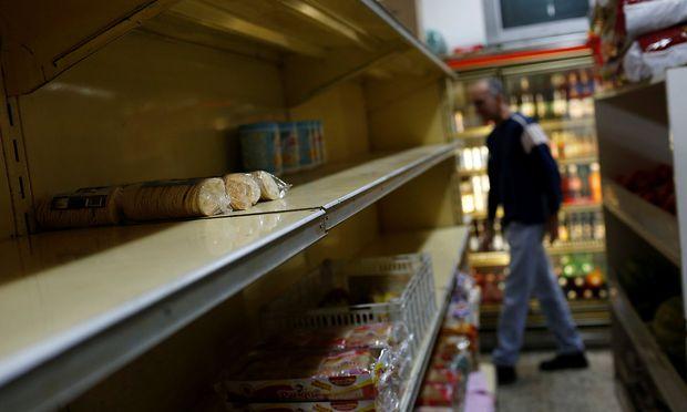 """Bestimmte Lebensmittel sind in Venezuela Mangelware. Ums Mehl entspinnt sich gerade ein """"Brot-Krieg""""."""