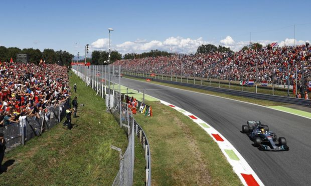 Autodromo Nazionale di Monza Italy Sunday 03 September 2017 Lewis Hamilton Mercedes AMG F1 W08