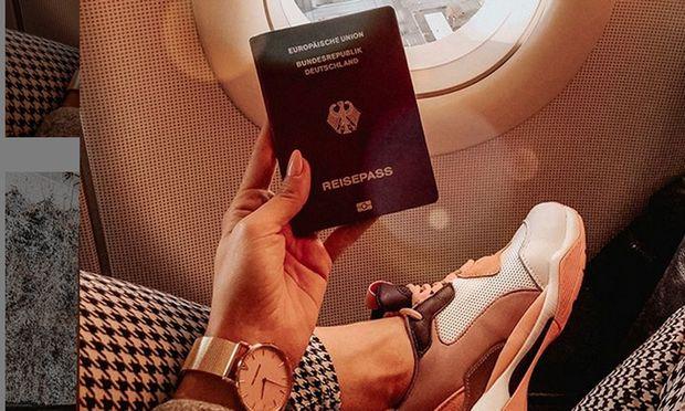 Auch Influencerin Anna_ix wurde der Pass gestohlen.