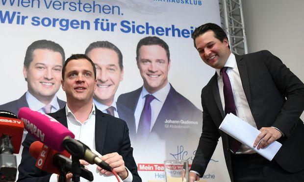 Dominik Nepp (re) übernimmt das Erbe des zuletzt geschäftsführenden Wiener FPÖ-Obmannes Johann Gudenus