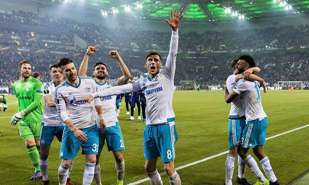 Schalker Jubel in Mönchengladbach