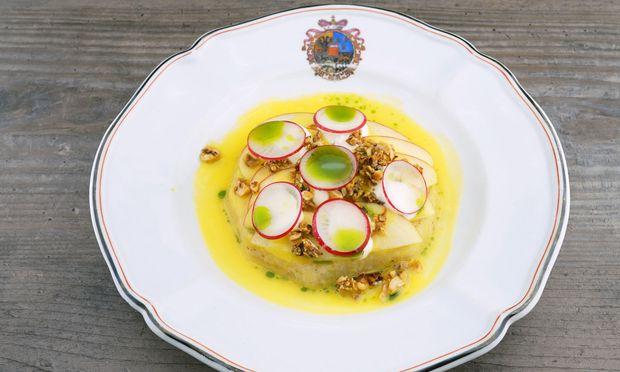 Waldorfsalat mit Apfel und Sellerie / Bild: Kochsalon