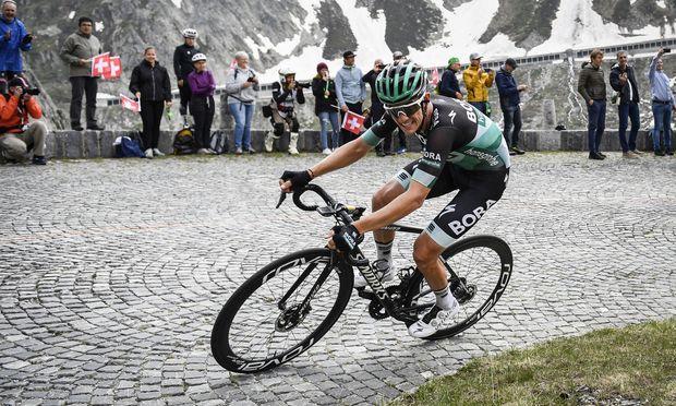 Bei der Tour-Generalprobe bewies Patrick Konrad in den Schweizer Bergen einmal mehr seine Kletterkünste.