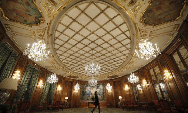 Die Reichen wollen nicht erkannt werden. Sie ziehen sich zurück – wie hier im Luxushotel Le Bristol in Paris.