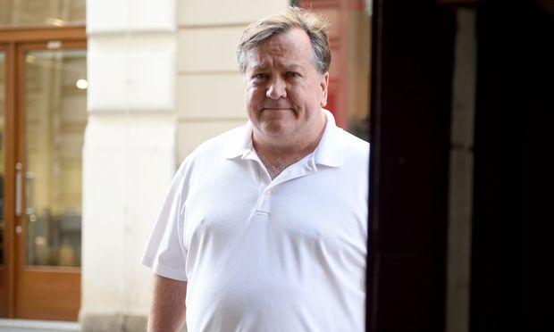 """David Barstow in der Wiener Innenstadt. Der US-Präsident nannte ihn eine """"nationale Schande""""."""