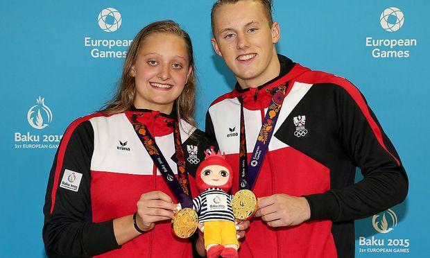 Caroline Pilhatsch und Sebastian Steffan holen sich bei den Europaspielen in Baku eine Goldmedaille bei den Schwimmbewerben.