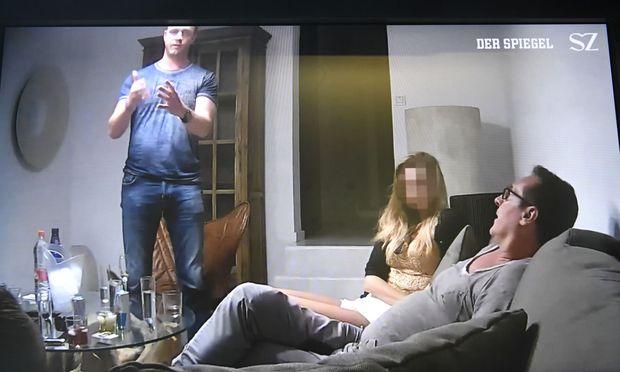 Szene aus dem belastenden 'Ibiza - Videos' in der Causa Strache
