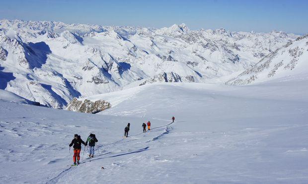 Tourengehen wird auch am Pitztaler Gletscher immer beliebter.