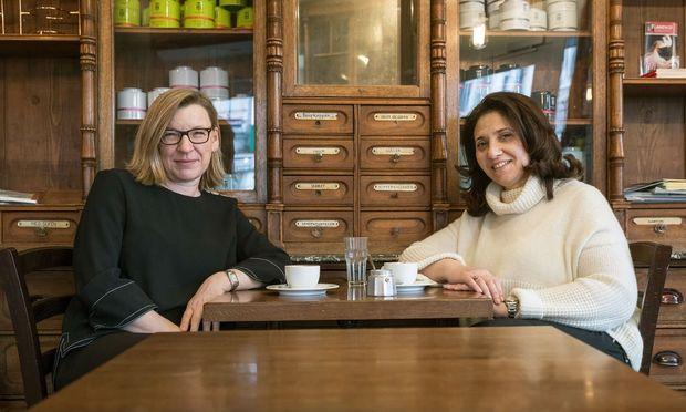 Raumgefühl. Innenarchitektinnen Ulrike Pohl und Lilia Maier im La Mercerie, das sie gestalteten.