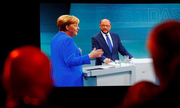 Patt im TV-Duell, aber Schulz holt die Unentschiedenen