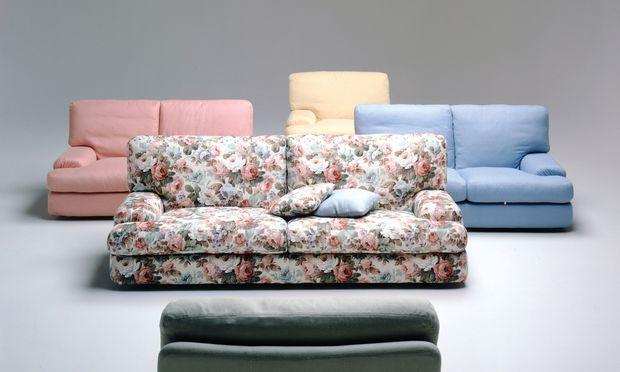 """Living Divani. Auch der italienische Hersteller setzte 50 Jahre lang Meilensteine auf dem Entwicklungsweg des Sofas: Im Bild """"Benson"""" (1978)."""