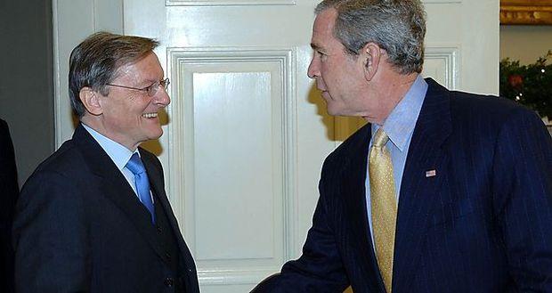 Wolfgang Schüssel war der letzte Bundeskanzler, der im Weißen Haus einen amtierenden US-Präsidenten traf - damals George W. Bush.