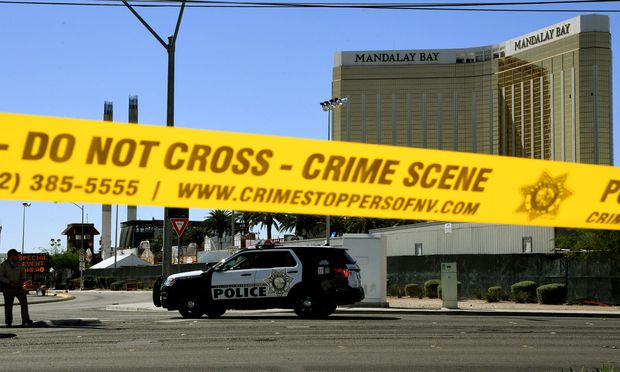 Polizei: Mehr als 50 Tote bei Angriff auf Konzert in Las Vegas