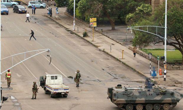 Militärische Präsenz in Harare.