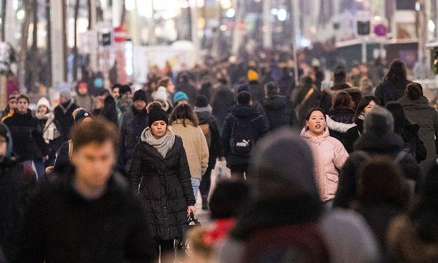 Die österreichische Bevölkerung wird von der Statistik Austria regelmäßig vermessen und ist Hüter aller wesentlichen Zahlen.