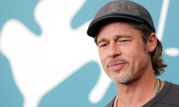 Brad Pitt ging eineinhalb Jahre zu den Anonymen Alkoholikern.