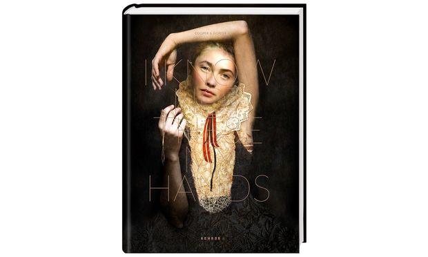 """""""I Know Not These My Hands"""". Der Bildband erscheint im  Kehrer-Verlag (50 Euro)."""