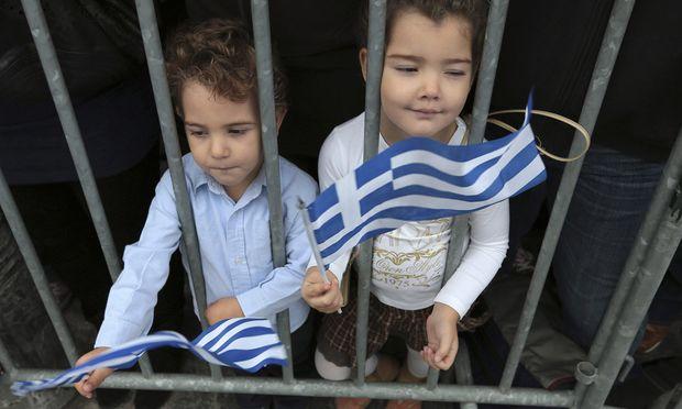 Griechenland Kinder Opfer Sparpakete