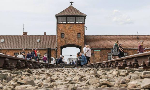 Bilder des Tages April 11 2018 Oswiecim Poland Birkenau death camp area is seen in Auschwitz
