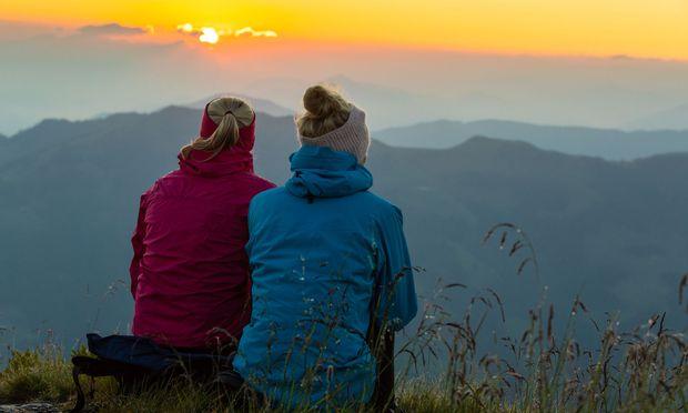 Blick vom Wiedersberger Horn. Sonnenaufgang ist um 6.20 Uhr.