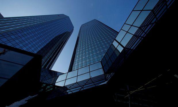 Wirtschaft :: Gerüchte über Ausstieg von HNA drücken Deutsche-Bank-Aktie