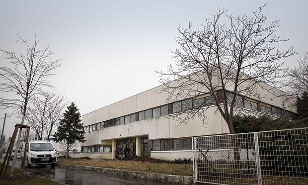 Im Leopoldauer Gewerbegebiet sollte ein Bürogebäude, das der iranischen Botschaft gehört, zu einer Moschee werden.