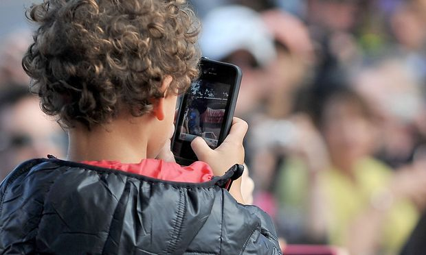 Das Handyverbot sei eine Frage der öffentlichen Gesundheit, sagt Frankreichs Bildungsminister.