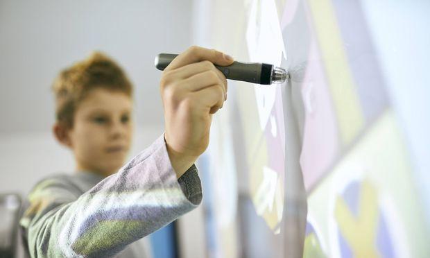 Die Hälfte aller Schließungen betrifft Volksschulen.