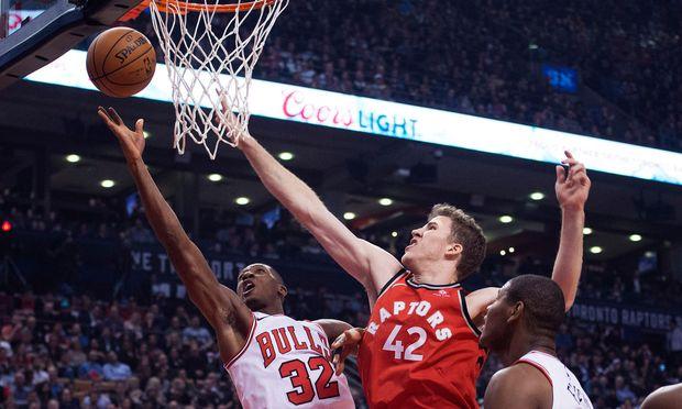 BASKETBALL - NBA, Raptors vs Bulls