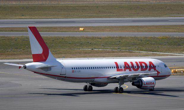 In Österreich zog der Verein für Konsumenteninformation (VKI) gegen Laudamotion vor Gericht.