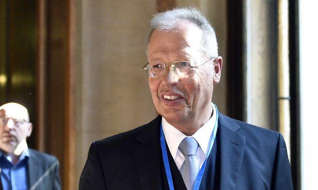 Georg Schmidt.