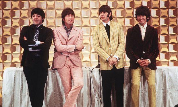 Paul McCartney, John Lennon, Ringo Starr and George Harrison im Jahr 1966. Zwei Jahre, bevor das White Album erschien.