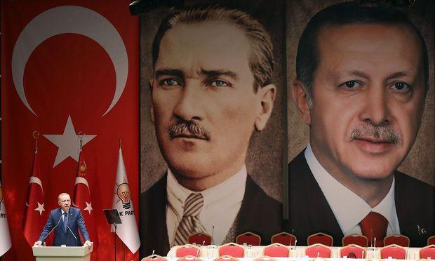 Erdogan bei seiner Rede im Hauptquartier der Regierungspartei AKP