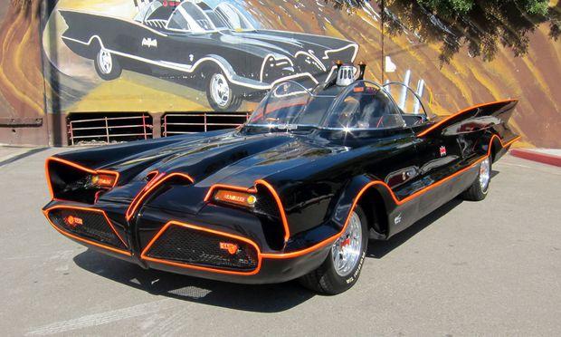 Batmobil kommt unter Hammer