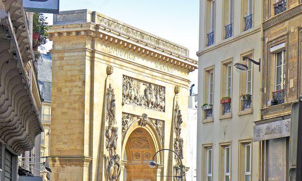 Eng. Porte St.  Denis, errichtet zu Ehre  Ludwig XIV.