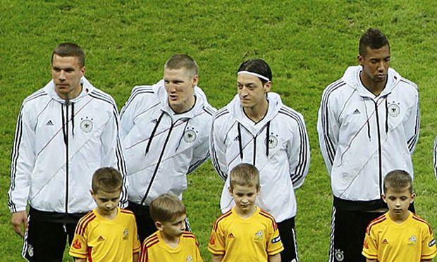 Deutsche Spieler bei der Hymne